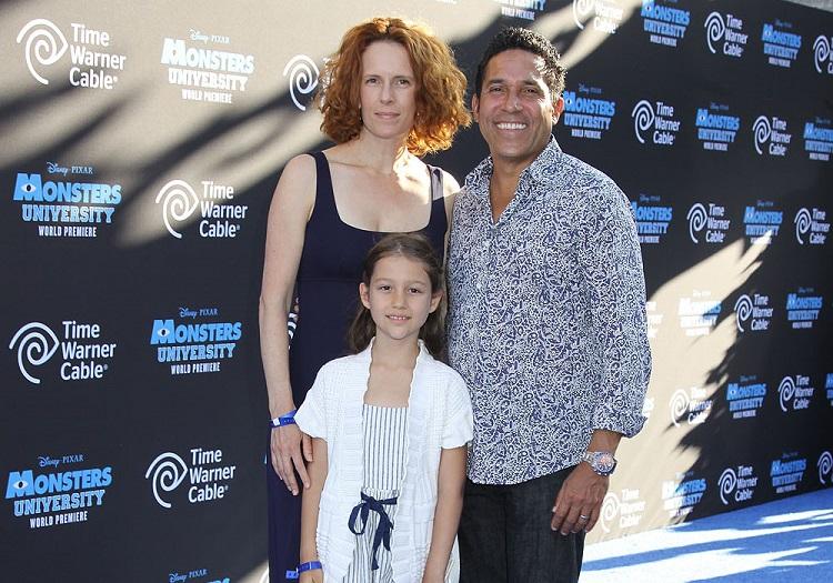 Ursula Whittaker with husband, Oscar Nunez and daughter