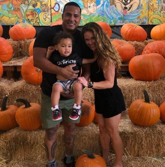 katy kellner with her husband Shannon Sharpe and son Jaden Charles Byrd