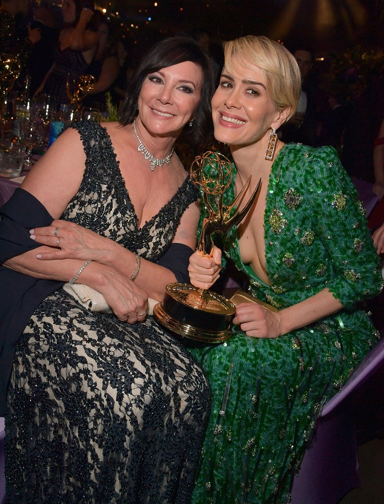 Marcia Clark with Sarah Paulson at the 68th Emmys