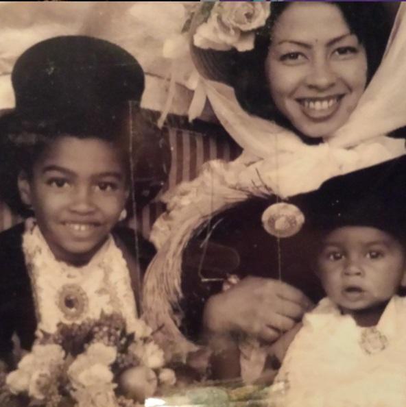 Michael Strahan Jr with his mother Wanda Hutchins and sister Tanita Strahan
