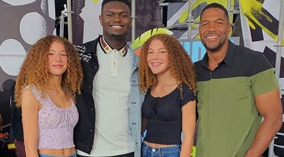 Michael Strahan jr with his father Michael Strahan, Isabella Strahan and Sophia Strahan