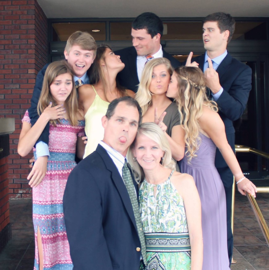 Shannon Reilly with her husband Luke Kuechly and the whole family in the photo