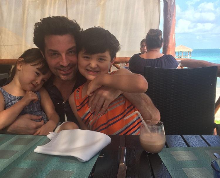 Cami Elliott's husband, Brennan Elliott with their kids