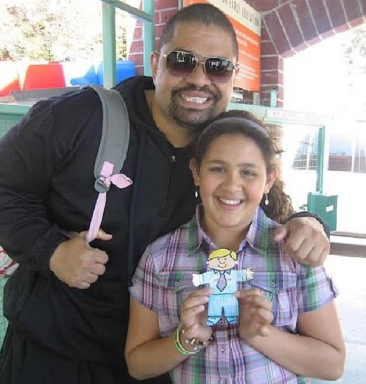 Xea Myers with father Heavy D