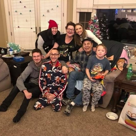 Kimberly Anne Scott with her complete family and parents
