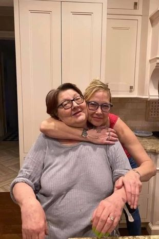 Kimberly Scott with her mother Kathy