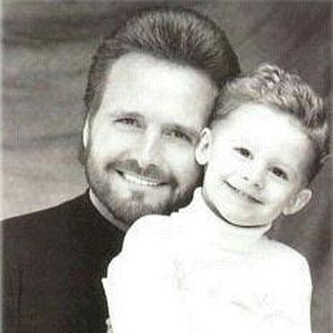 Young Narvel Blackstock with his son Shelby Blackstock